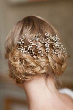 Vintage wedding hairstyle.
