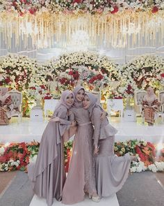Discover recipes, home ideas, style inspiration and other ideas to try. Hijab Prom Dress, Hijab Gown, Muslimah Wedding Dress, Hijab Style Dress, Hijab Wedding Dresses, Muslim Dress, Dressy Dresses, Wedding Bridesmaid Dresses, Bridesmaids