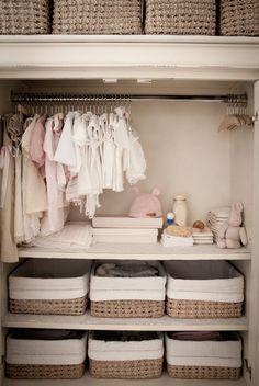 5 pasos clave para organizar el armario de los más pequeños | Decoración Más