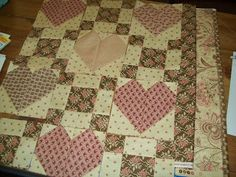 Jeni's blog from the Willow: Sneak Peak of Heart Quilt!