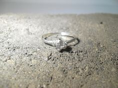 45 Engagement Rings That Don'tSuck Contrary to popular belief, not every girl is dying for a Kim Kardashian–sized rock on her finger. You'll be happy to know that there are many alternatives to the fuddy-duddy styles offered by Kay Jewelers.