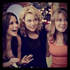 One Tree Hill - Brooke Davis (Sophia Bush) and Peyton Sawyer (Hilarie Burton)  Haley James Scott (Bethany Joy Lenz)