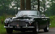 Aston Martin DB5  Vantage. You can download this image in resolution 2048x1536 having visited our website. Вы можете скачать данное изображение в разрешении 2048x1536 c нашего сайта.