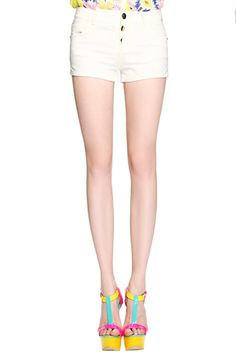 #ROMWE Embroideried Back Buttoned White Shorts