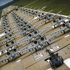Beautiful Lines-A 10 Wharthog. Military Jets, Military Weapons, Military Aircraft, Fighter Pilot, Fighter Aircraft, Fighter Jets, Air Force, Close Air Support, Aircraft Design