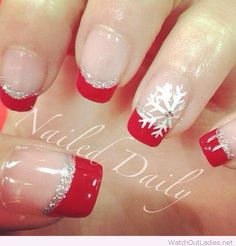 Red tips, glitter line and snow detail