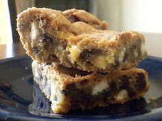 Phenomenal Mom... in training: Sweet Tooth: Triple Threat Pan Cookie