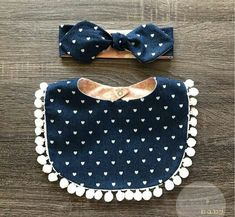 Trendy sewing projects for baby bibs baby sewing projects Baby Sewing Projects, Sewing Patterns For Kids, Sewing For Kids, Sewing Crafts, Baby Bibs Patterns, Diy Baby Bibs Pattern, Hat Patterns, Pattern Ideas, Pochette Portable Couture
