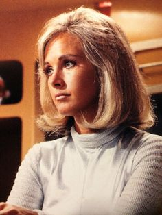 Wanda Ventham Ufo Tv Series, Serie Tv, Wanda Ventham, 1960s Hair, Classic Sci Fi, Sci Fi Tv, Female Actresses, Mi Long, Older Women