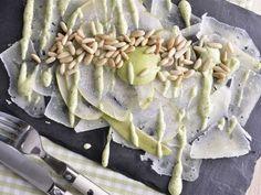 Receta | Carpaccio de queso y pera  -  canalcocina.es #slate #platosypizarras #cook #kitchen #cocina #ardoise Venta online