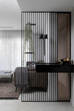 L'INGRESSO: 3 SOLUZIONI SMART - Design Therapy Living Room Partition Design, Room Partition Designs, Partition Ideas, Divider Design, Foyer Design, Design Room, Chair Design, Living Room Designs, Living Room Decor