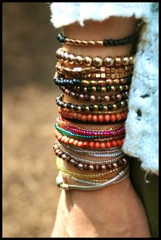 Attractive+Bracelet+Designs+For+Women+(16).jpg 550×816 pixels