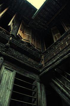 via Ancestor House - 9 by DawnRoseCreation (http://zhongguozhaopian.tumblr.com/post/15292967574/ancestor-house-9-by-dawnrosecreation)