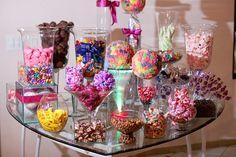 32 Trendy Ideas For Party Food Table Ideas Candy Bars Candy Table, Candy Buffet, Dessert Table, Food Buffet, Neon Party, Candy Party, Party Food Table Ideas, Bar A Bonbon, Sweet 15
