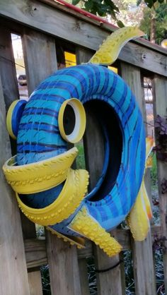 Dori fish made if tires!! Soo cute