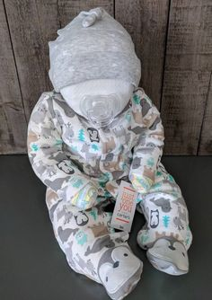 Baby Shower Gift Basket, Baby Shower Diapers, Baby Boy Shower, Baby Shower Gifts, Baby Gifts, Baby Showers, Diaper Cake Boy, Cake Baby, Diaper Cakes