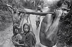 Raghu Rai (Indian photojournalist, b.1942) | The Bangladesh Liberation War (from Pakistan), 1971 | Refugees fleeing to the eastern provinces of India | Magnum Photos