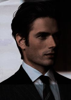 Hot Bad Boy, Hot Boys, Handsome Men In Suits, Really Hot Guys, Dark Men, Daddy Aesthetic, Dapper Gentleman, Man Character, Dream Guy
