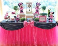 Phomma I's Birthday / Minnie Mouse - Alivia turns 1 at Catch My Party Minnie Mouse Theme Party, Theme Mickey, Minnie Mouse 1st Birthday, Minnie Mouse Baby Shower, Mickey Party, Minnie Mouse Birthday Decorations, Mouse Parties, Pirate Party, Disney Parties