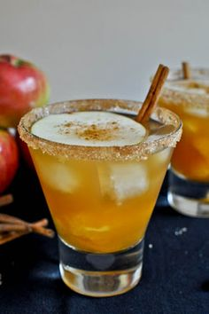 apple cider margaritas...hmmm signature wedding drink? #SignatureCocktail #FallWedding