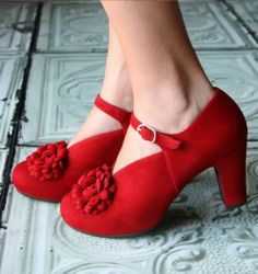 Wow, can I be in love with shoes? I think maybe! AMADA RED :: SHOES :: CHIE MIHARA SHOP ONLINE