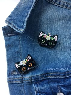 Black Cat brooch, lucky black cat pin, cat portrait jewelry, hand embroidered cat artwork for crazy cat lady - Handmade jewelry Crazy Cat Lady, Crazy Cats, Bead Embroidery Jewelry, Beaded Embroidery, Brooches Handmade, Handmade Jewelry, Hand Jewelry, Cute Gifts, Gifts For Mom