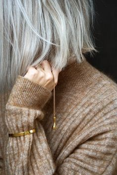 Love the grey hair. Love the grey hair. Peinados Pin Up, Going Gray, Grey Hair, Short White Hair, Mode Inspiration, Hair Day, Cut And Color, Hair Inspo, Pretty Hairstyles