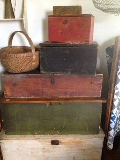 primitive wooden boxes in old paint by lucy primitive display primitive bedroom primitive decorating primitive kitchen primitive signs Primitive Furniture, Primitive Antiques, Country Furniture, Country Primitive, Primitive Bedroom, Primitive Cabinets, Primitive Signs, Primitive Homes, Primitive Kitchen