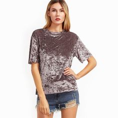 Casual summer outfit ideas for teenagers teen girls modest vacation with shorts & velvet crushed t-shirt - modestas ideas de trajes de verano para chicas Velvet T Shirt, Velvet Tees, Velvet Shorts, Crushed Velvet Top, Velvet Fashion, Casual Summer Outfits, Pink Tops, Outfits, Girl Clothing