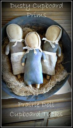 Prairie Doll Cupboard Tuck E-pattern von DustyCupboardPrims auf Etsy Primitive Doll Patterns, Doll Sewing Patterns, Primitive Crafts, Sewing Dolls, Fabric Dolls, Paper Dolls, Art Dolls, Amish Dolls, Country Crafts