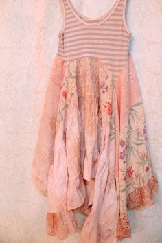 Reserved for julie romantic shabby chic clothing одежда свои Diy Clothes Tutorial, Diy Clothes Refashion, Shirt Refashion, Refashioned Clothes, Upcycled Clothing, Romantic Shabby Chic, Diy Clothes Videos, Boho Outfits, Sewing Tips