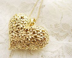 Carved Hollow Heart-Shaped Necklace - Necklace - Accessory - Retro, Indie and Unique Fashion I Love Heart, Heart Of Gold, Jewelry Box, Jewelry Accessories, Gold Jewelry, Hollow Heart, Heart Shaped Necklace, Shades Of Gold, Camille