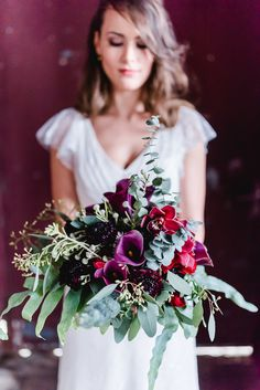 Plum and burgundy bridal bouquet | Kitty Fried | see more on: http://burnettsboards.com/2015/06/finding-boho-bride/