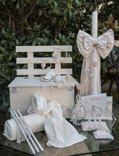 Vintage Ρομαντικό Σετ Βάπτισης Για Κορίτσι που αποτελείται απο παγκάκι  ξύλινο και λαμπάδα σε μπεζ αποχρώσεις 0ad35534408