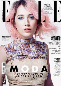 Quantas pessoas você já cruzou no meio da rua e pensou que ela poderia estampar a capa de uma revista de moda? Isso aconteceu de verdade na Elle B...
