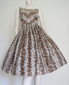 Round She Goes - Market Place - GORGEOUS 50s Mauve and Chocolate Floral Chevron Party Dress