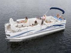 Love my Boat-Crest Savannah LSTX Triton