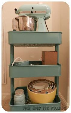trendy ideas for small kitchen storage ikea raskog cart Small Kitchen Cart, Small Kitchen Storage, Kitchen Pantry, Kitchen Aid Mixer, Kitchen Organization, New Kitchen, Kitchen Decor, Kitchen Carts, Kitchen Rack