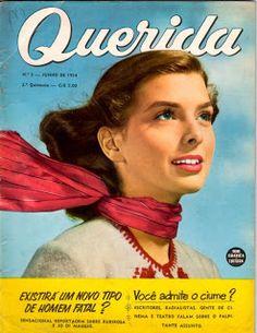 """Revista: """"QUERIDA""""  anos 50, era uma das mais vendidas revistas femininas do país.  Publicada quinzenalmente, foi às bancas pela primeira vez em 1954."""