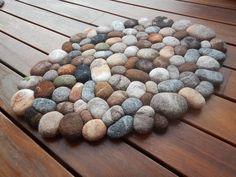 Felt stone rug / bath mat super soft with soft core wool multicolor 3D