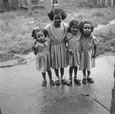 The Avilez children in their back garden at 48 Forest Road, c. 1957 - Scotswood Road - Photography - Amber Online