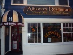 One of the best place to eat on the Maine coast...love that chowda
