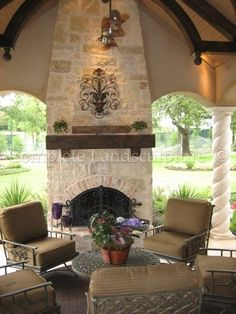 Fireplaces & Firepits - 14
