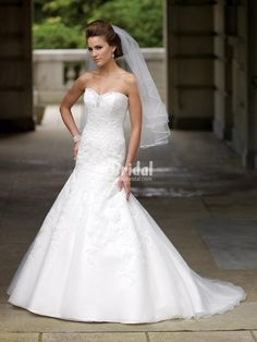sweetheart organza a-line dropped waist wedding dress with lace appliques