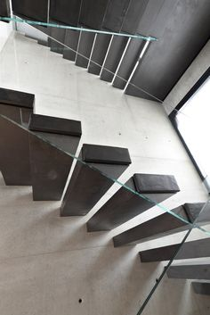 Wooden cantilevered staircase 800 | Cantilevered staircase - Interbau Suedtirol Treppen