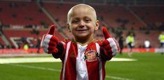 [VÍDEO] Niño con enfermedad terminal es toda una estrella de...