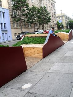 Public Parklet in San Francisco omg PARKLET?!?! i can't tell if i love this or completely abhor it. i think both.