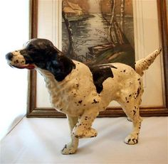 Cast Iron hunting dog just scored this at an antique store. Antique Decor, Vintage Antiques, Vintage Iron, Iron Doors, Hunting Dogs, Antique Stores, Illustrations, Dog Art, Decoration