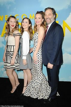 Leslie Mann looked gorgeous as she stepped out with her husband Judd Apatow and their two daughters, Maude, and Iris, for the premiere of Welcome to Marwen in Los Angeles on Monday. Leslie Mann, Two Daughters, Looking Gorgeous, Iris, Love Her, Hilarious, Husband, Actresses, Women