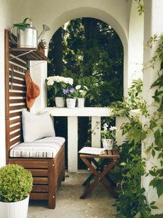 beau balcon bien aménagé